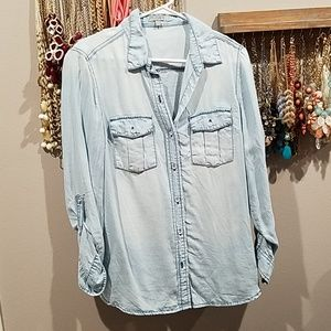 Charlotte Russe chambray button up size m